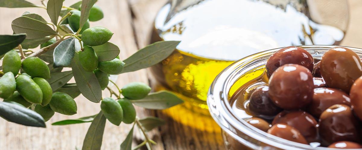 Aceitunas y aceite